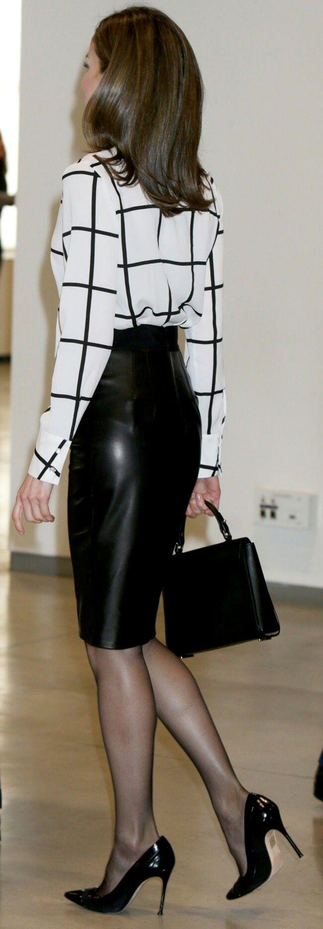 Queen Letizia - Roberto Verino blouse - Hugo Boss skirt + bag - Carolina Herrera pumps