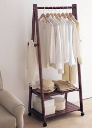 Картинки по запросу Напольная вешалка стойка деревянная своими руками