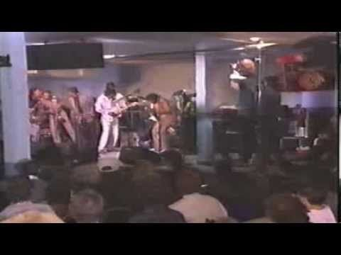 Blues Alive feat. Buddy Guy, Albert Collins, Ruth Brown, Charles Brown etc. - YouTube