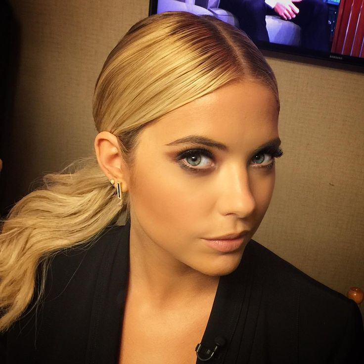 ashley benson hair PLL actress blonde simple style pony middle part km