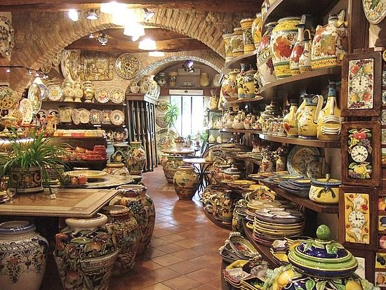 I was in this store in San Gimignano!