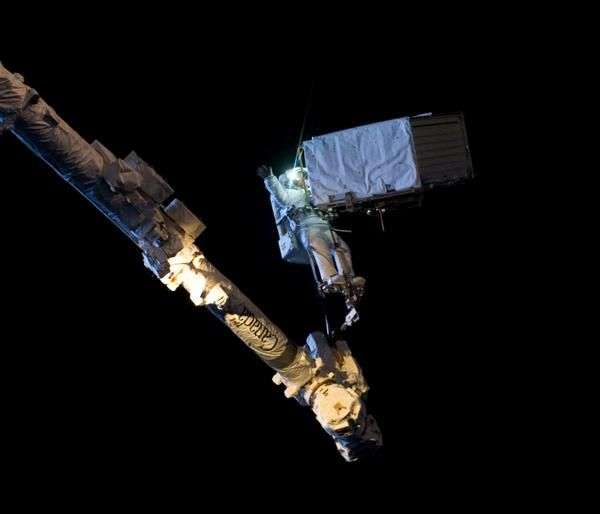 Butch Wilmore took this great shot of the robotic arm as he moved me safely across the entire #ISS. Thanks Butch!