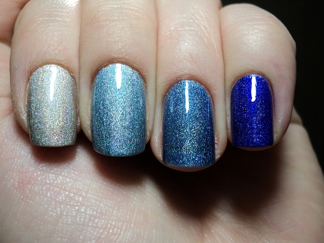 gradient nailsNails Art, Nails Colors, Polish Nails, Nailpolish, Glitter Nails, Gradient Nails, Nails Polish, Something Blue, Blue Nails