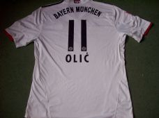 2010 2011 Bayern Munich Olic Away Classic Football Shirt Adults XL Trikot Germany Vintage Soccer Jersey