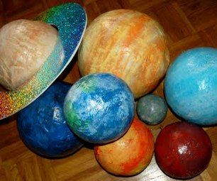 Paper mâché planets for the budding scientist to make!  No doubt my granddaughter will be making these when she is older... Her mom and dad will gladly make these and hang in her room now!! ☺️