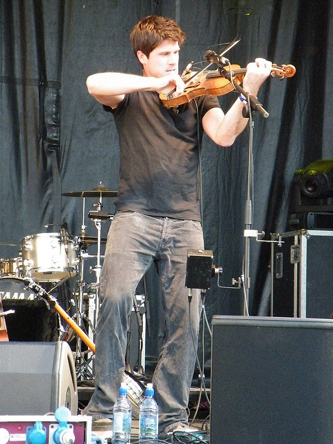 Seth playing Kitty Jay, Trafalgar Square