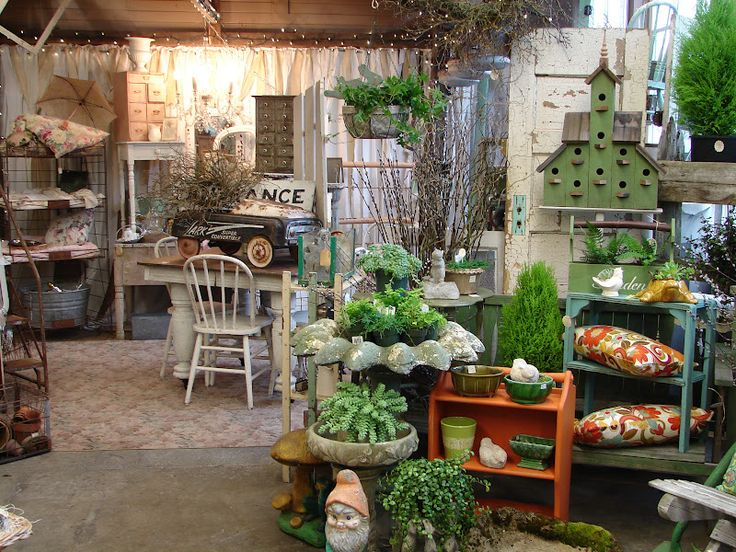 996 best shop display ideas images on pinterest antique booth displays display window and. Black Bedroom Furniture Sets. Home Design Ideas
