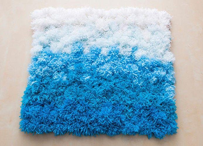 How to DIY handmade rug of pompoms