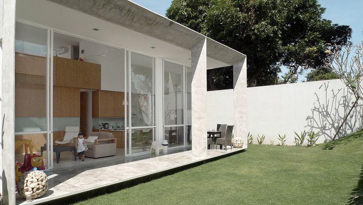 Gallery of IR House / SUB. Studio for visionary design - 4