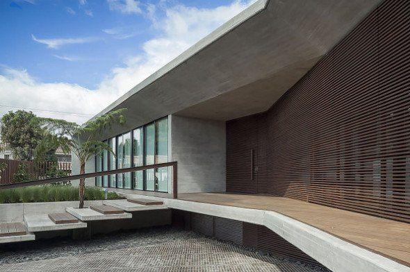 Casa con muros de concreto gris perla - Noticias de Arquitectura - Buscador de Arquitectura