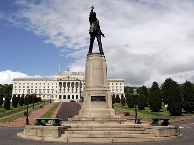 Fears Stormont will collapse after Ulster Unionist Party withdraws over PSNI comments that the IRA is still active.