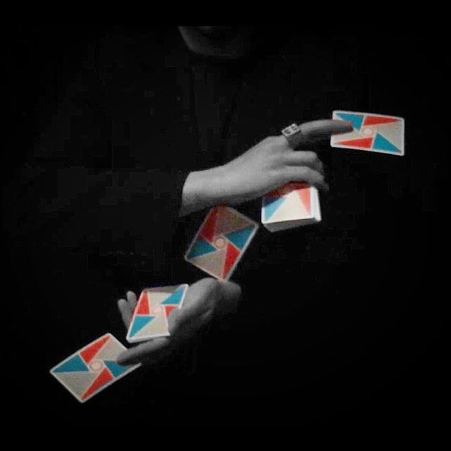 Warming up the fingers with some advanced Cardistry