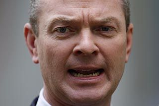 Christopher Pyne appoints critics of school curriculum to review system. GOOD QUOTES.