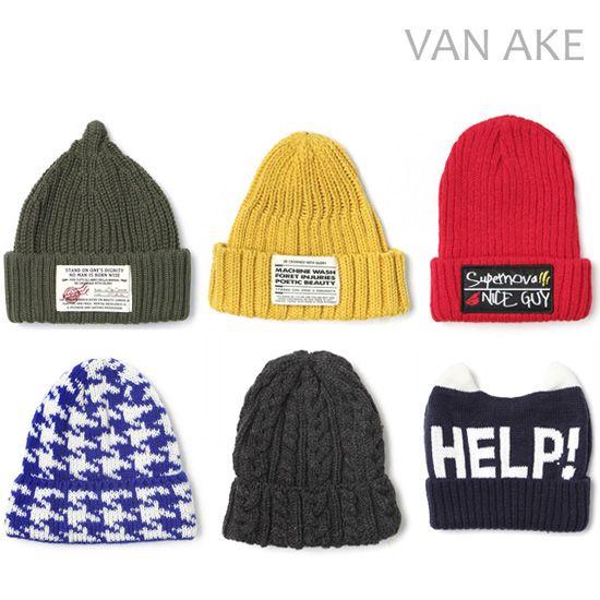 Comport basic item과 Fun street 감성을  Mix & Match하여 young한 Styling을 제안하는 Contemporary Casual Brand Van 맏의 겨울용 비니들을 만나보세요!