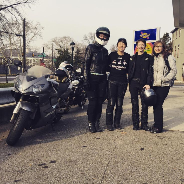 Out for a quick ride with my #phillymotogirls