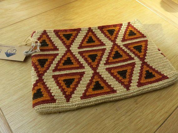 Handmade Wayuu Patterned Clutch by EKIIOrigins on Etsy