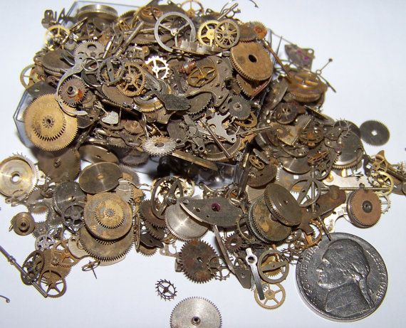 60 Pieces Plus Lot 5g Old Steampunk Watch Parts Vintage Antique Gears Cogs Wheels