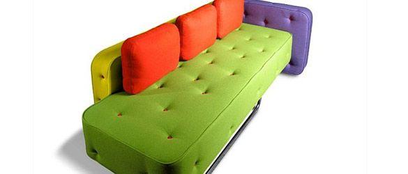 Moderno divano colorato di Adrenalina, eleganza e creatività Made in Italy