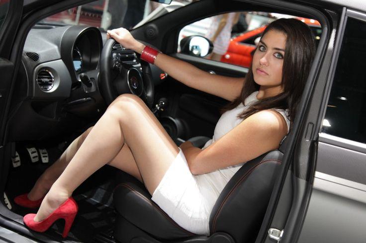 Girls of the motor show - Девушки автосалона