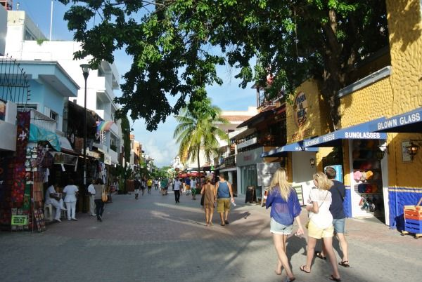 The best magazines and online communities for Playa del Carmen expats!