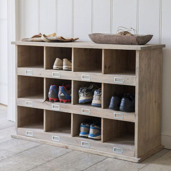 Vintage Style Wooden Shoe Storage Rack With 12 Cubby Holes - Crafted in Spruce. SLWO02