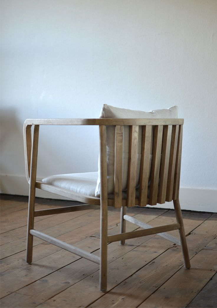 Finn - Oak chair by The Olive Tree