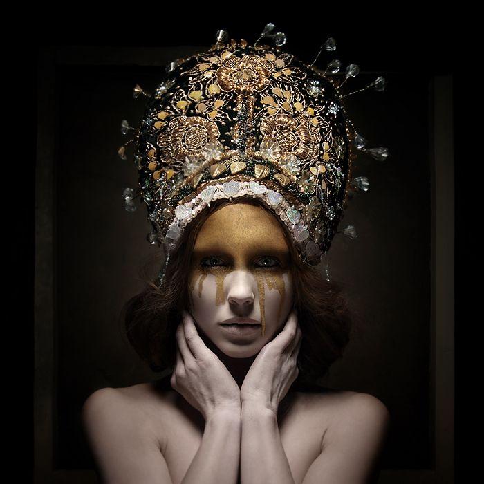 Sylwia Makris Photography MUA: Dolly's World Of Make Up Model: Iris Reimer Designer: Katarzyna Konieczka