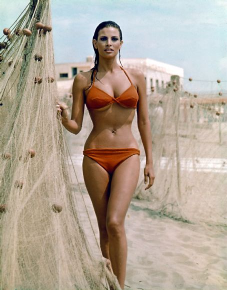 I'm not a lesbian but...Raquel Welch may have had one of the most perfect hourglass shapes ever.