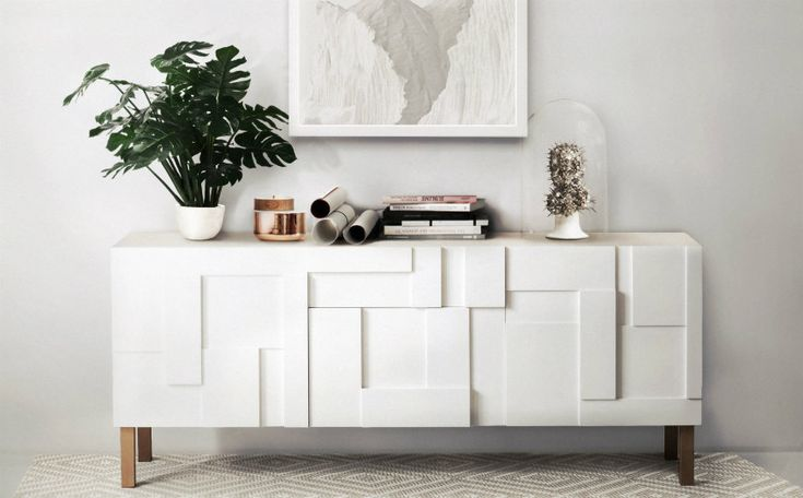 A flawless white living room may seem hard to get, but every mission is totally possible with the help of Living Room Ideas Blog's team.