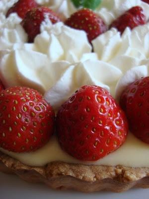 Strawberry Lemon Curd Tart | Fruity Fruit Creations | Pinterest