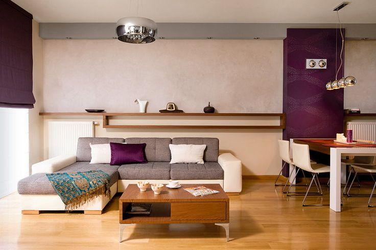 """Nie chcieli ani klasyki, ani szkła i metalu. Swój dom Wiola i Piotrek urządzili w stylu """"ciepłej nowoczesności"""" - Dom"""