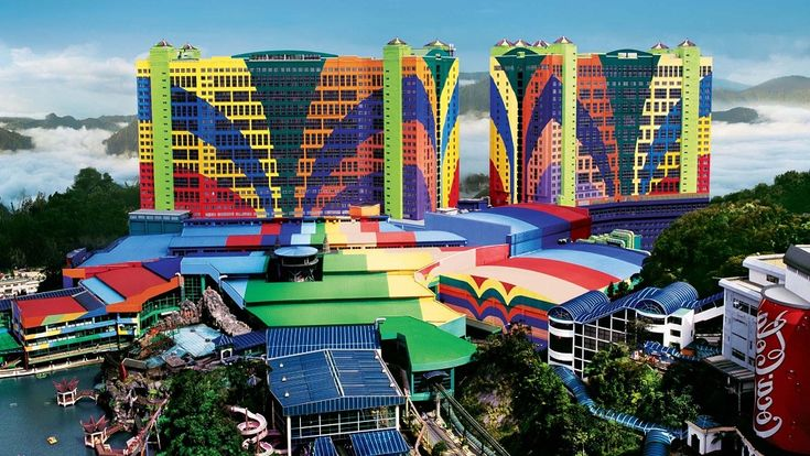 Top 10 largest hotels in the world: #3 FIRST WORLD HOTEL, GENTING HIGHLANDS, MALAYSIA
