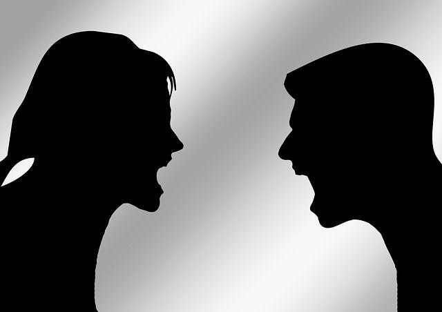 Algunas razones y motivos por los cuales las parejas discuten
