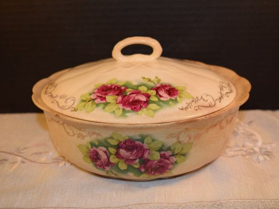 Covered Casserole Vegetable Bowl Vintage by ShellysSelectSalvage