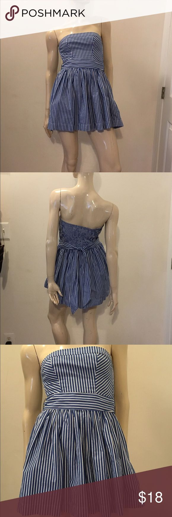 Cute & flirty size XS Abercrombie and Fitch dress Awesome size XS blue and white striped Abercrombie and Fitch mini dress with a lovely wide sash, this dress is perfect for spring/summer, great condition and gently used. Abercrombie & Fitch Dresses Mini