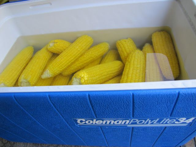 Mennonite Girls Can Cook: Cooler Corn~Wow! What a wonderful, easy way to serve corn to a crowd!