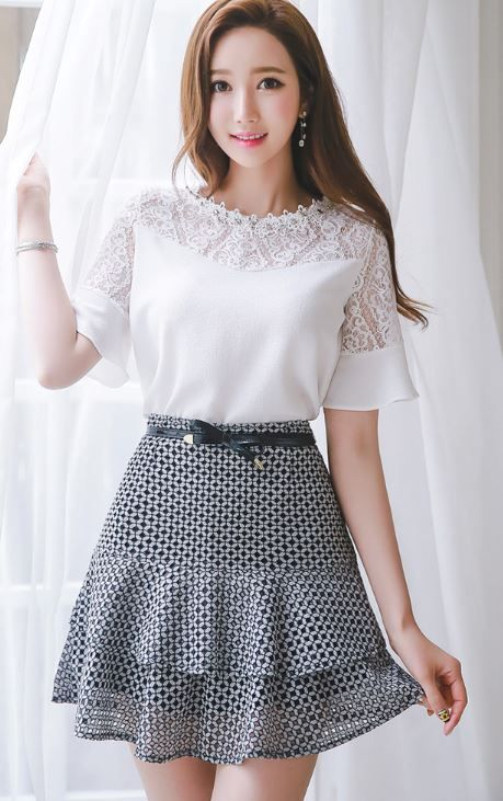 StyleOnMe_Circle Cut-Out Layered Mini Skirt #cute #girly #skirt #black #white #spring #koreanfashion
