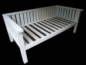 White custom daybed. Classic Illusive Wood Designs