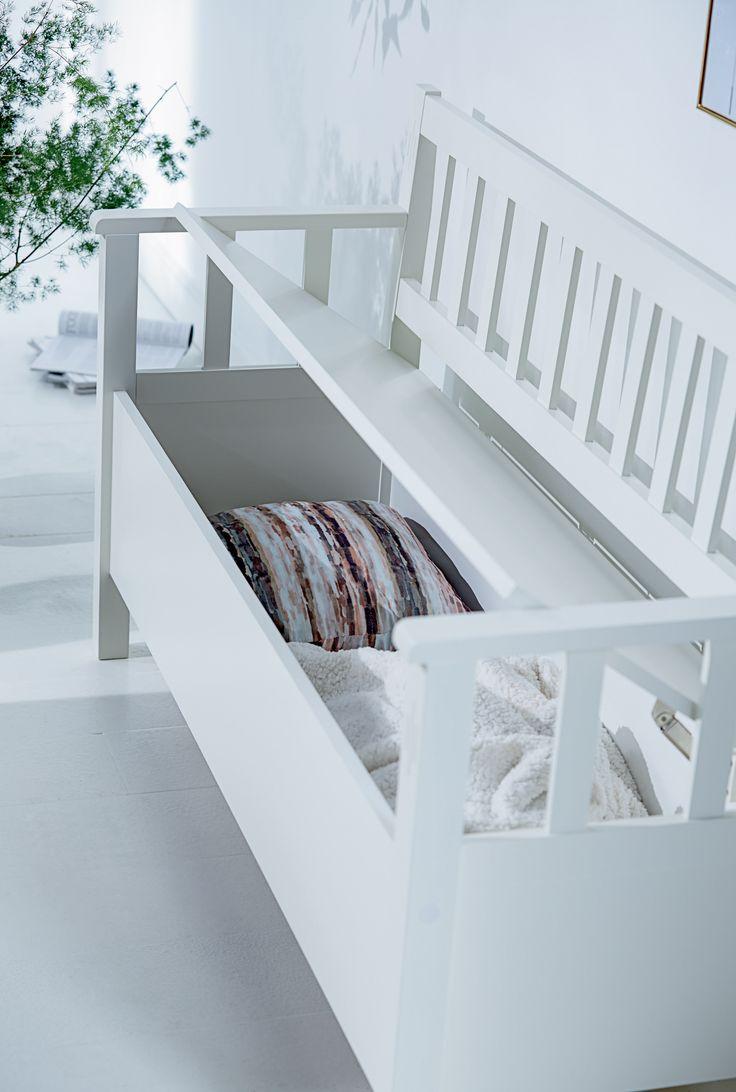 AULUM benk med oppbevaring, detaljer | Modern Romance | Skandinaviske hjem, nordisk design, Skandinavisk design, nordiske hjem | JYSK
