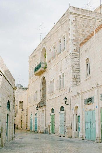 Cobblestone Streets of Jerusalem | photography by http://www.jaimelaurenphotographyblog.com/