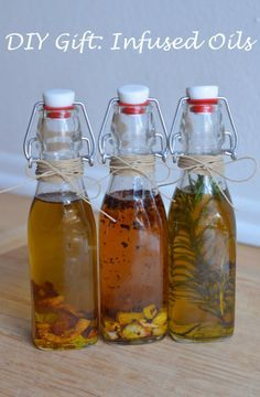 DIY Holiday Gift: Infused Olive Oil | Luci's Morsels