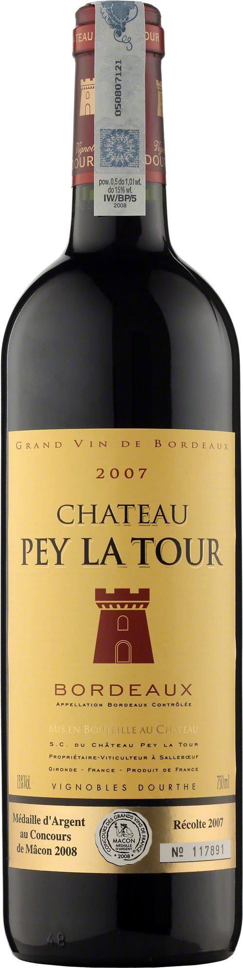 Chateau Pey La Tour Bordeaux A.O.C. Nasze flagowe, codzienne Bordeaux. Aromaty ciemnych owoców, ożywiająca kwasowość i garbniki czynią to wino świetnym kompanem kolacji czy grilla. Wino to zdobyło wyróżnienie Medaille d'Argent au Concours de Macon 2008 - Concours des Grands Vins de France. #Wino #Bordeaux #Winezja #Chateau #PeyLaTour