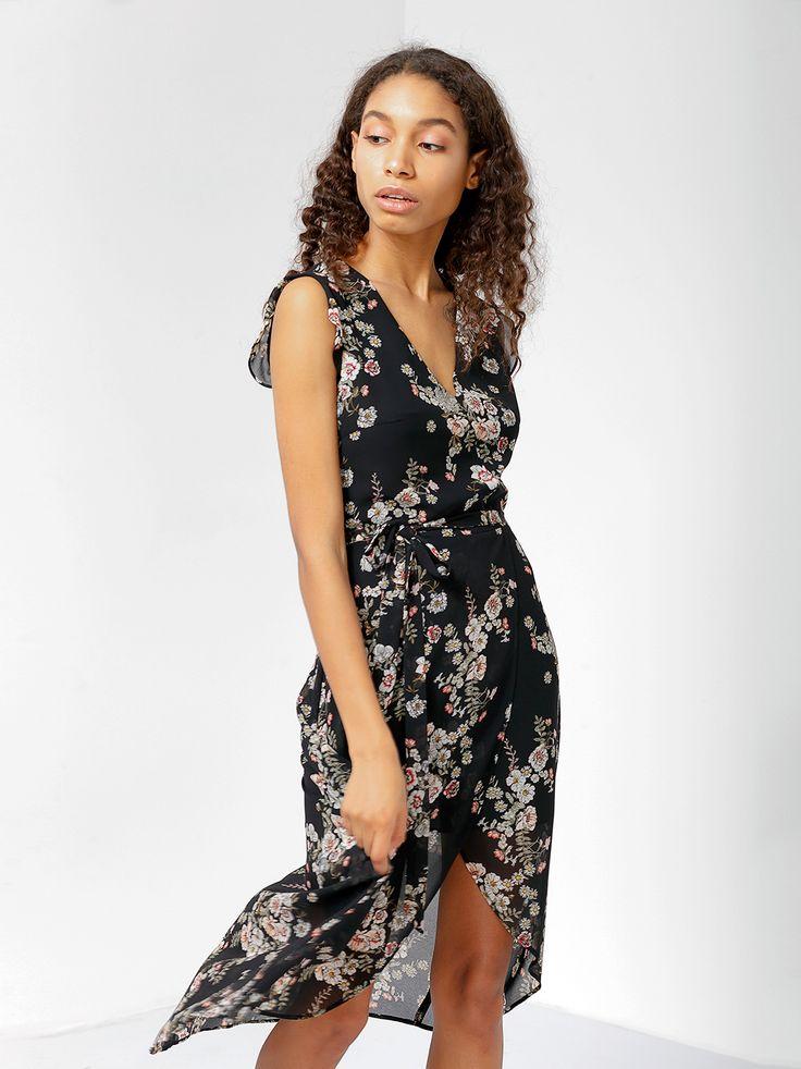 Платье с запахом и растительным принтом - Платья | LIMÉ