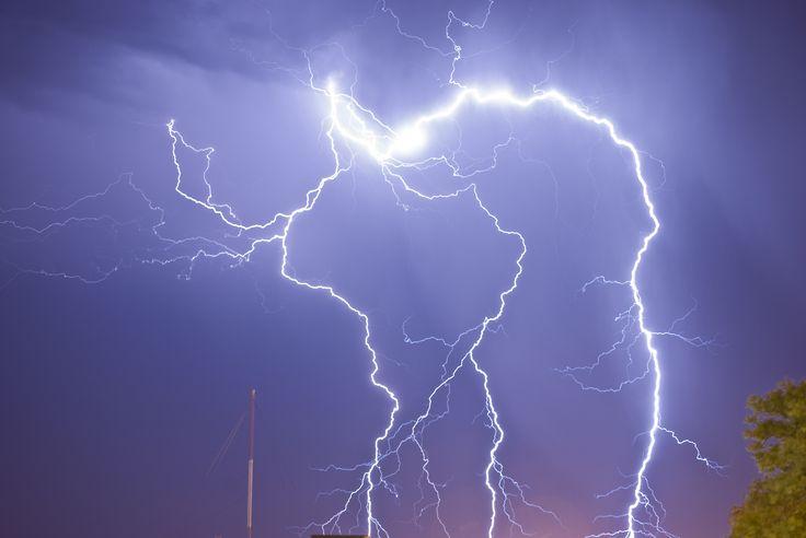 ¿Cuál ha sido el rayo de más alcance y mayor duración de la historia? - http://www.meteorologiaenred.com/ha-rayo-mas-alcance-mayor-duracion-la-historia.html