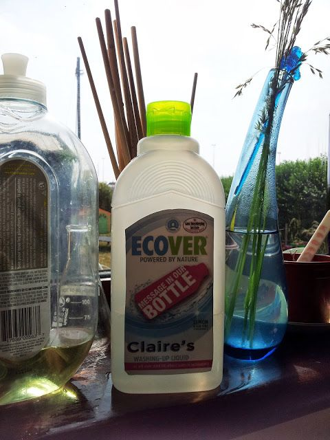 Diary of the Evans-Crittens: Ecover- My message on a bottle!Eco, Green, Environmentally Friendly Cleaning. Ecover Personalised Washing Up Liquid Bottle http://www.evans-crittens.com/2013/09/ecover-my-message-on-bottle.html
