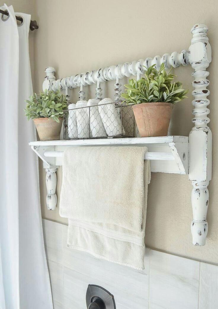 Diy Shabby Chic Furniture Ideas To Give Charm To Your Home On A Budget Discover The Best Designs And Giv Shabby Chic Badezimmer Shabby Chic Mobel Vintage Bett