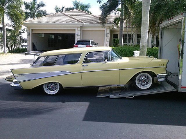 This is a wonderful 57 nomad. One of the best looking station wagon on the road. #belair #onecaratatime #555657 #57nomad #57nomadstationwagon #trifive