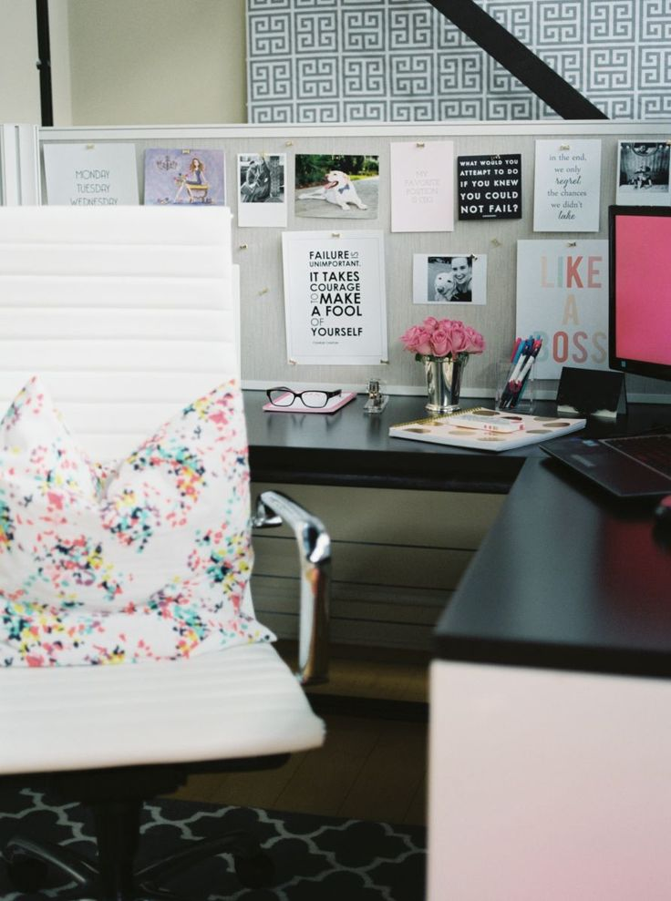 Love the decor in Danielle Leach's office #career #theeverygirl