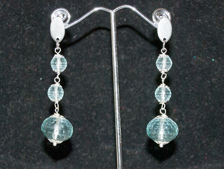 Orecchini BijouxAlba in cristallo acqua marina. Monachine in argento.  Prezzo:27.00 http://www.bijouxalba.it/alba/acquista.php?id_prodotto=148