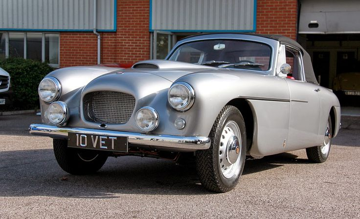 Mitchell Motors: Bristol 405 Drophead body off restoration